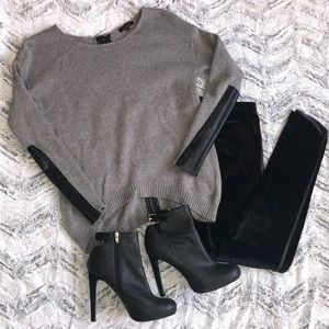 Sweaters - Gray knit sweater leather detail